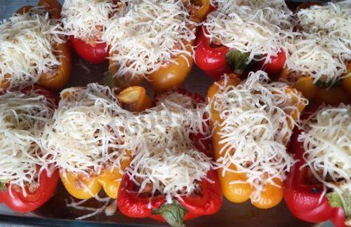 Запеченные перцы с сыром