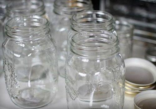 При какой температуре в духовке стерилизуют стеклянные банки