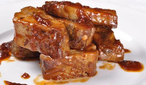 Свиные ребрышки в медовом соусе